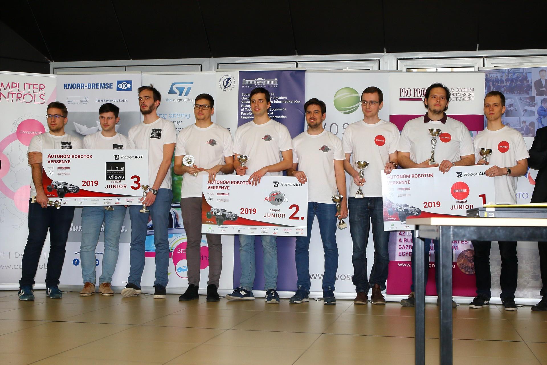 RobonAUT 2019 junior díjazottak